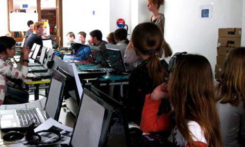 Premier atelier Images 2.0 à la médiathèque de Desvres